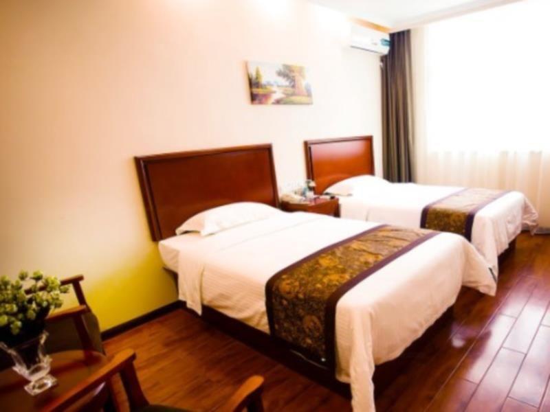 GreenTree Inn Xinxiang Laodong Street Zangying Bridge Business Hotel Xinxiang, China