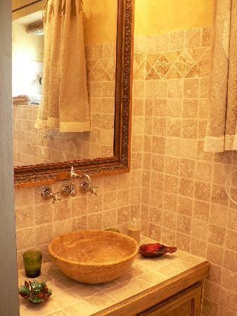 salle de bain provencale recherche google salle de bain pinterest salle de bain salle. Black Bedroom Furniture Sets. Home Design Ideas
