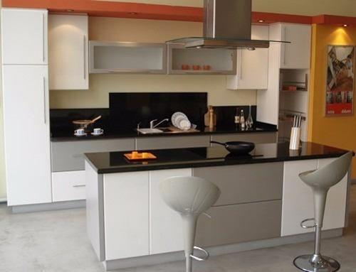 Mesada granito negro brazil x metro lineal cocinas for Precio metro lineal encimera granito