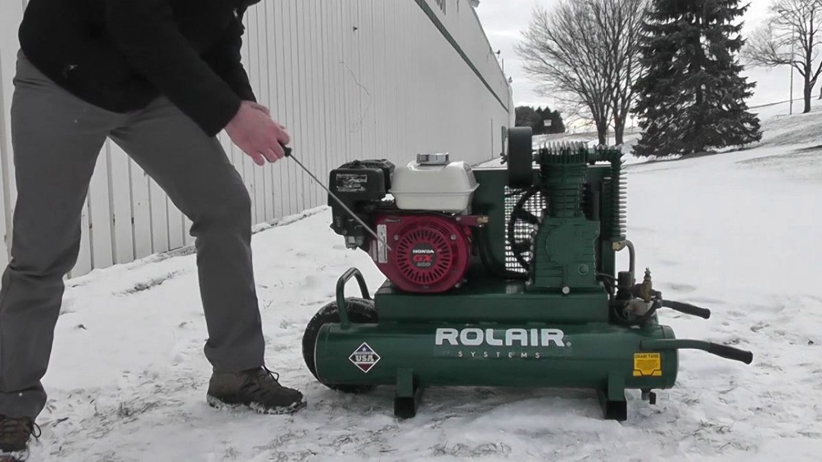 The rule of thumb in choosing an air compressor is to take
