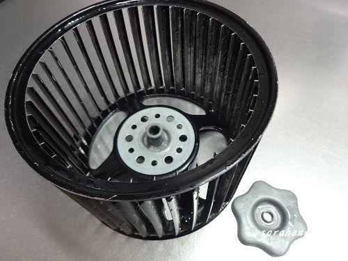 油で汚れた換気扇掃除が楽しくなる 重曹を使って節約掃除 換気扇