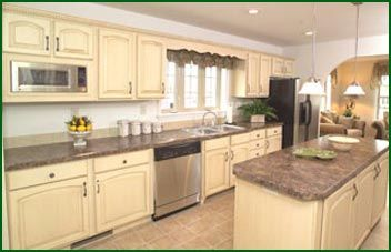 nice bisque cabinets | painted walls | Pinterest | Paint walls ...