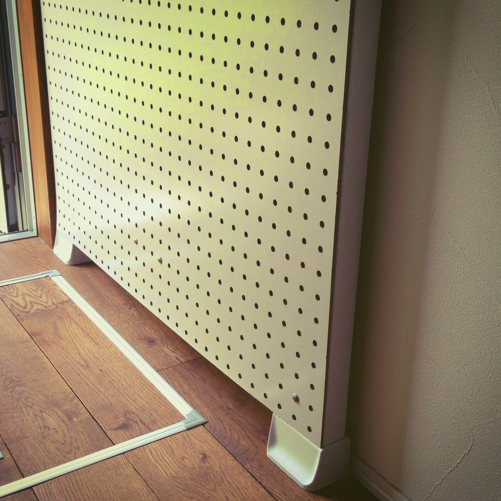 簡単diy 2x4木材が突っ張り棒に大変身 木材 ディアウォール 突っ張り棒