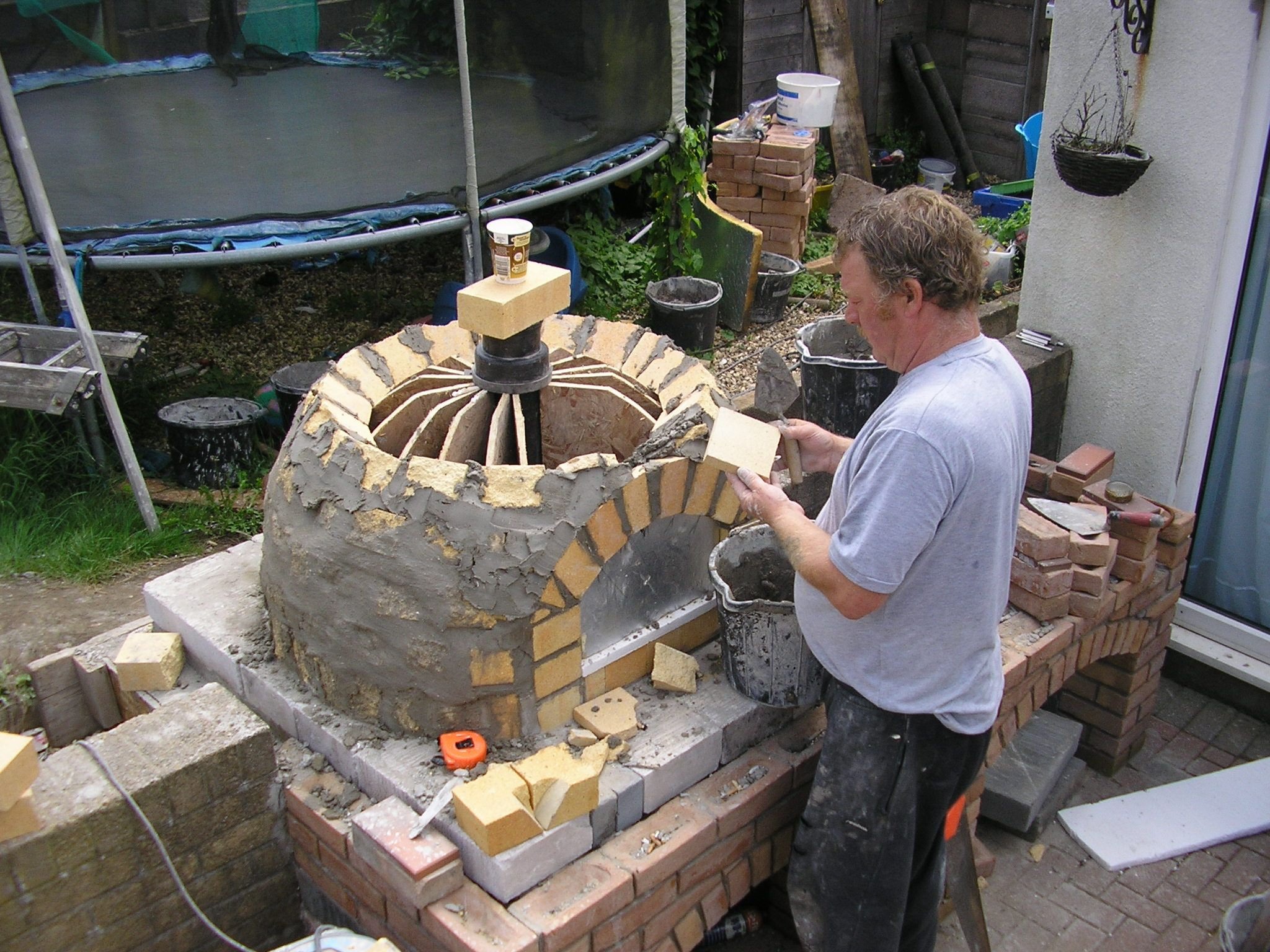 build arch and complete dome/arch transition | Wood fired ...