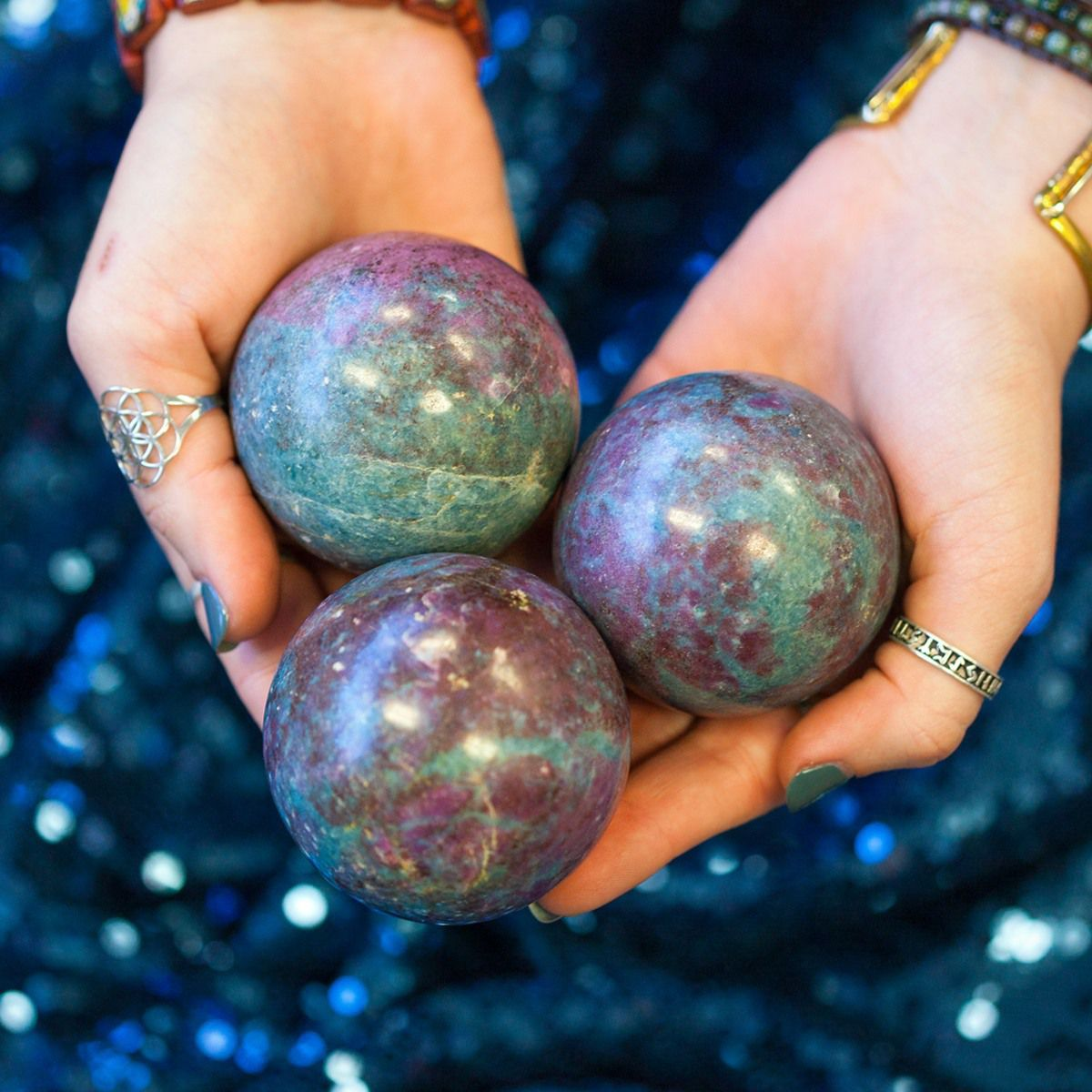 How to Make and Use Magical Moon Water | Ruby in kyanite ...