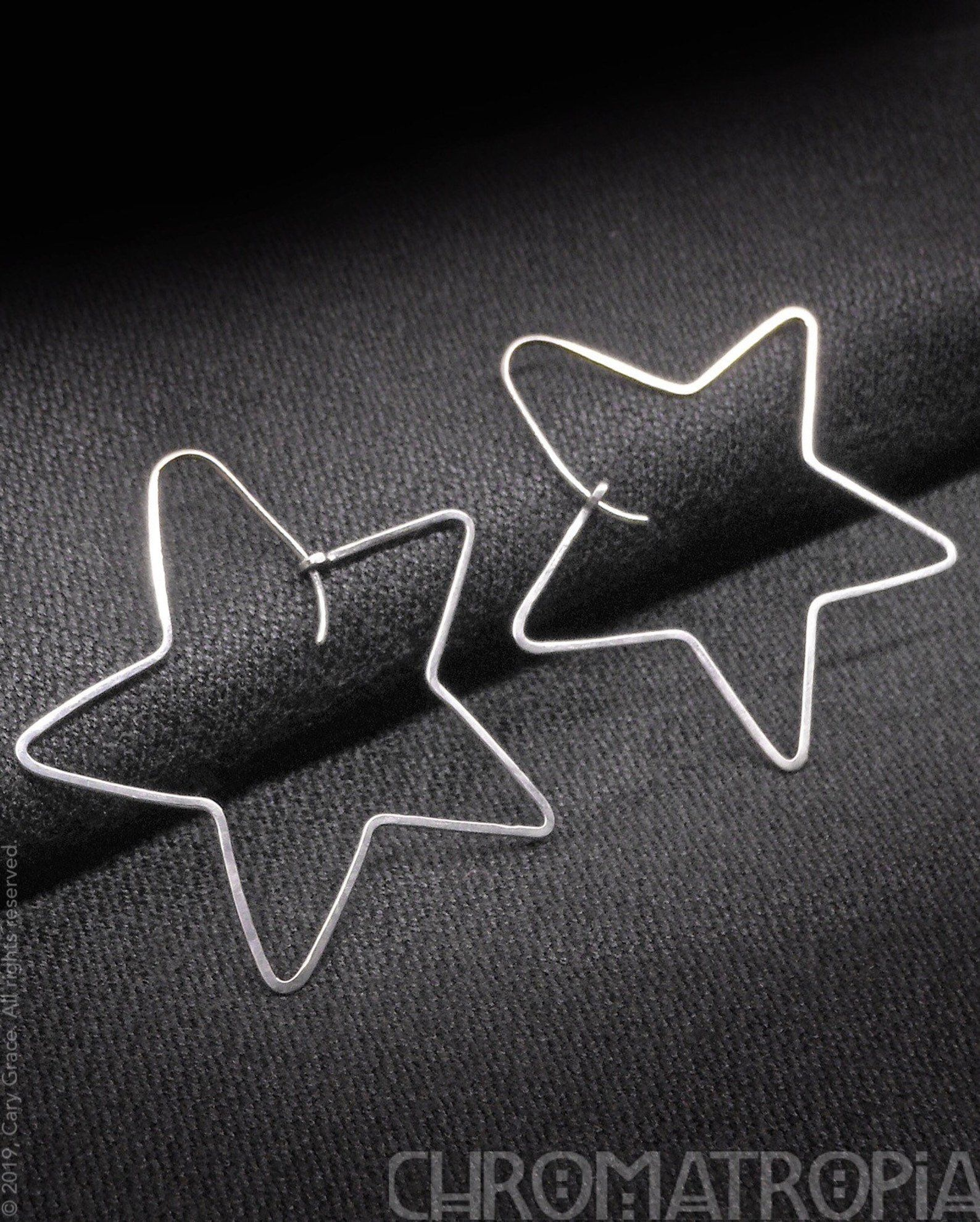 Hand Polished Hypoallergenic Light Weight Nickel Allergy Safe Hand Forged Shiny Pure Titanium Star Shaped Hoop Earrings