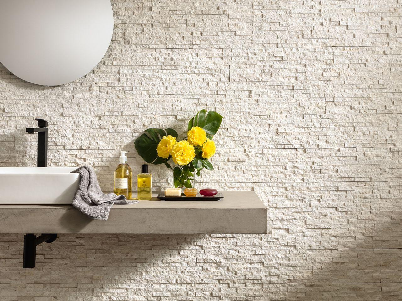 Muretto In Pietra Interno rivestimento trevi bianco 16x52 muretto pietra naturale