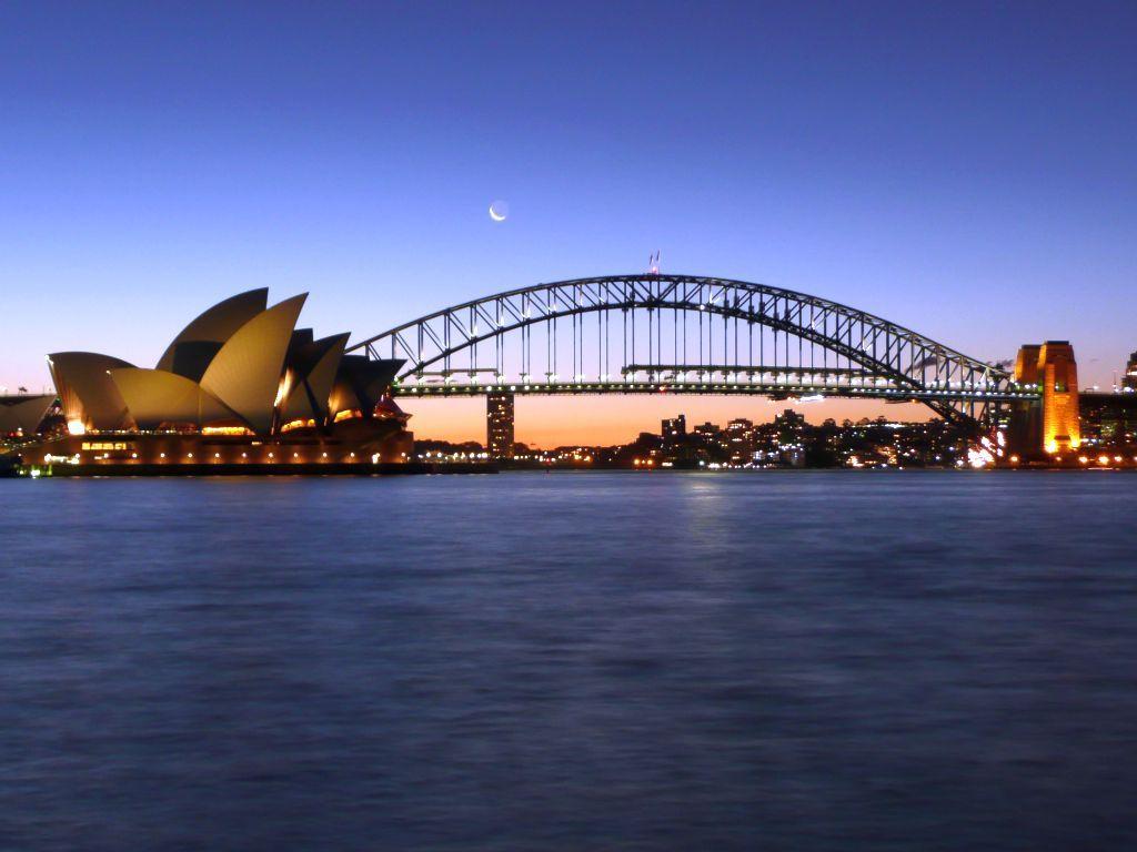 Sydney opera house and harbour bridge - Sydney Opera House And Harbor Bridge