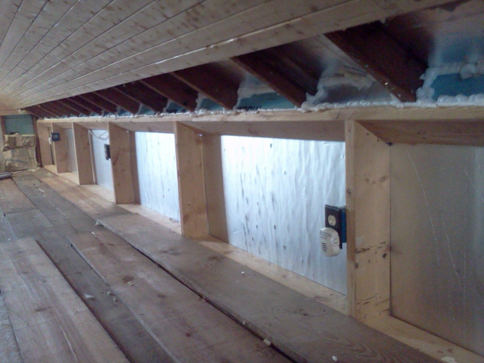 Kneewall crawlspace AFTER insulating and air sealing