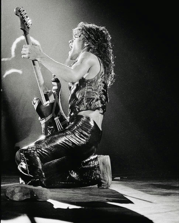 Instagram Com Eddievanhalenphotos Eddie Van Halen Van Halen Van Halen 5150