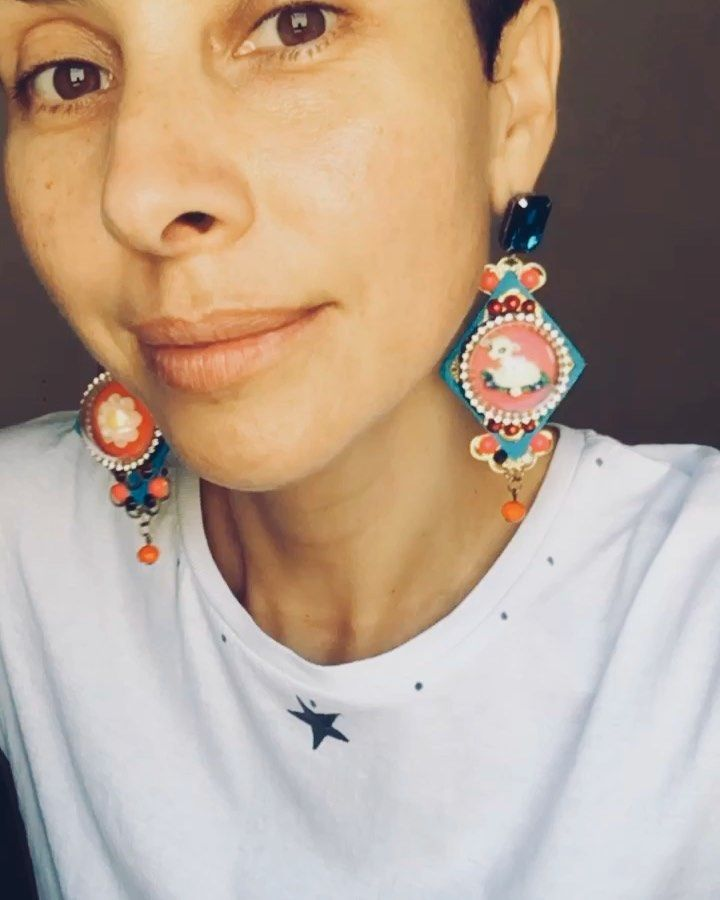 """•NORIETH LORENA• on Instagram: """"A stunning #earrings are the new flash makeup!.  ——————————✨💄✨—————————— #makeup #flashmakeup #pendientes #craftearrings #nomakeup…"""""""