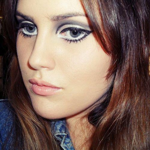 60s Eye Makeup Cat Eye 60s Makeup And Hair Eye Makeup Designs