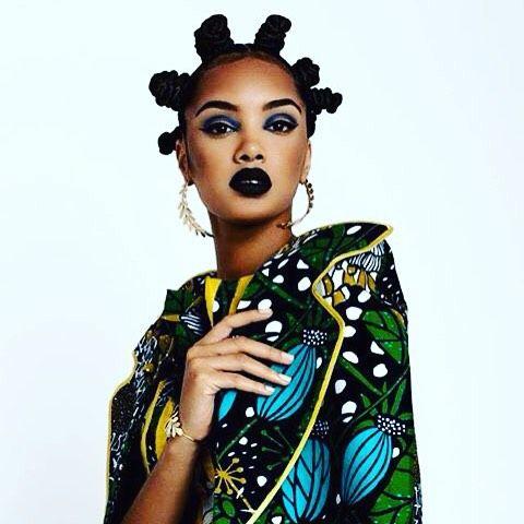 Coat by @rosepalhares #africandesigners #angola #fashion #designs #bantuknots #africainspired #blackmodels #madeinafrica #prints #embellished #rosepalhares #coat #instastyle #instafashion #apif #apifrocks #african