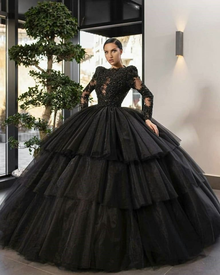فساتين سهرة باللون الأسود الملكي Prom Dresses Modest Dresses Gowns