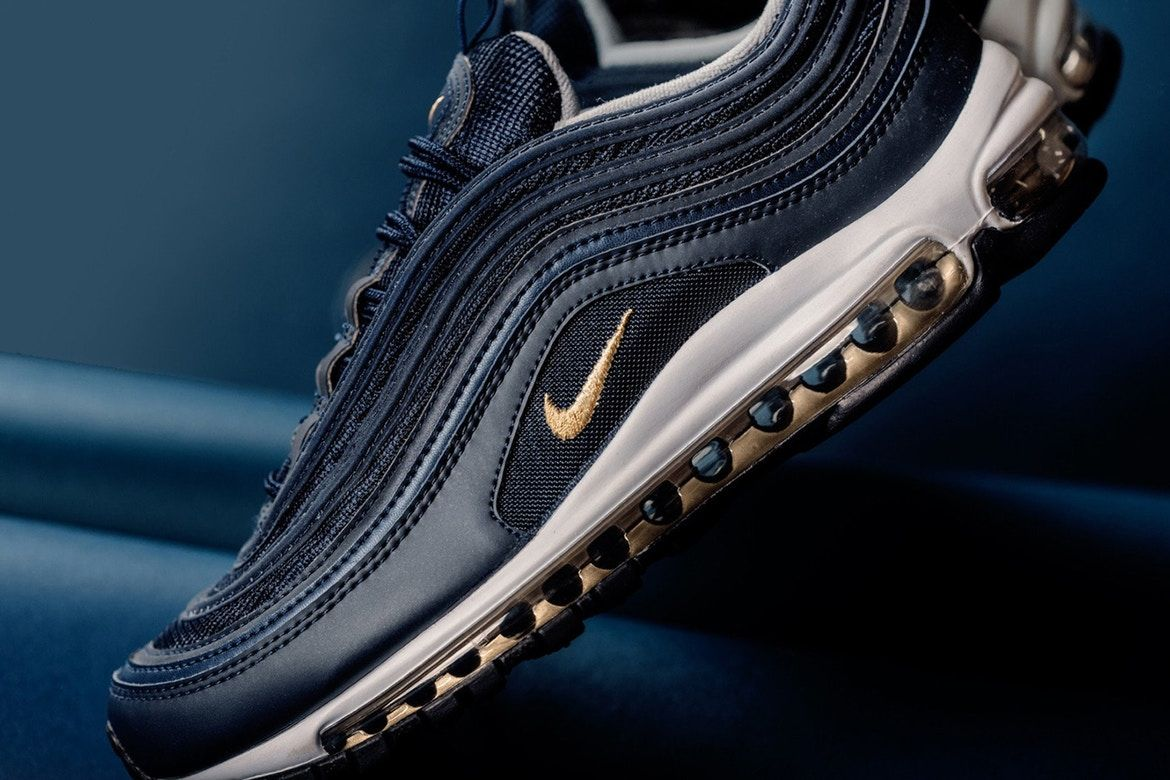 """Nike Air Max 97 """"Midnight Navy</p>                     </div>                     <!--bof Product URL -->                                         <!--eof Product URL -->                     <!--bof Quantity Discounts table -->                                         <!--eof Quantity Discounts table -->                 </div>                             </div>         </div>     </div>              </form>  <div style="""