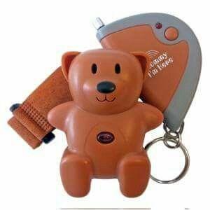Alarme SOS Teddy indispensable pour la sécurité de votre enfant !  A prix sacrifiés sur www.bambino-prive.com pendant peu de temps. Profitez en et offrez le à vos amis !
