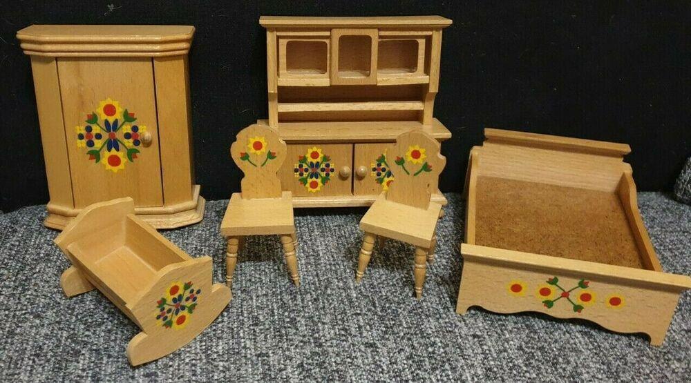 Puppenstube Mobel Von Rulke 6 Teile Holz Bett Stuhl Schrank Wiege In 2020 Puppenstube Mobel Puppenstube Und Stube