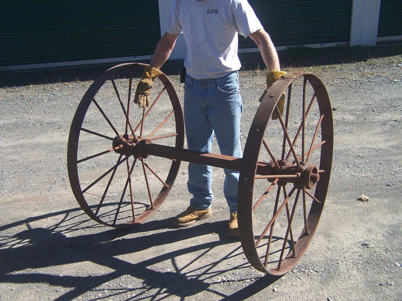 Antique Steel Iron Wagon Wheels With Axle Farm Implement Etsy Wagon Wheel Antiqued Steel Wagon