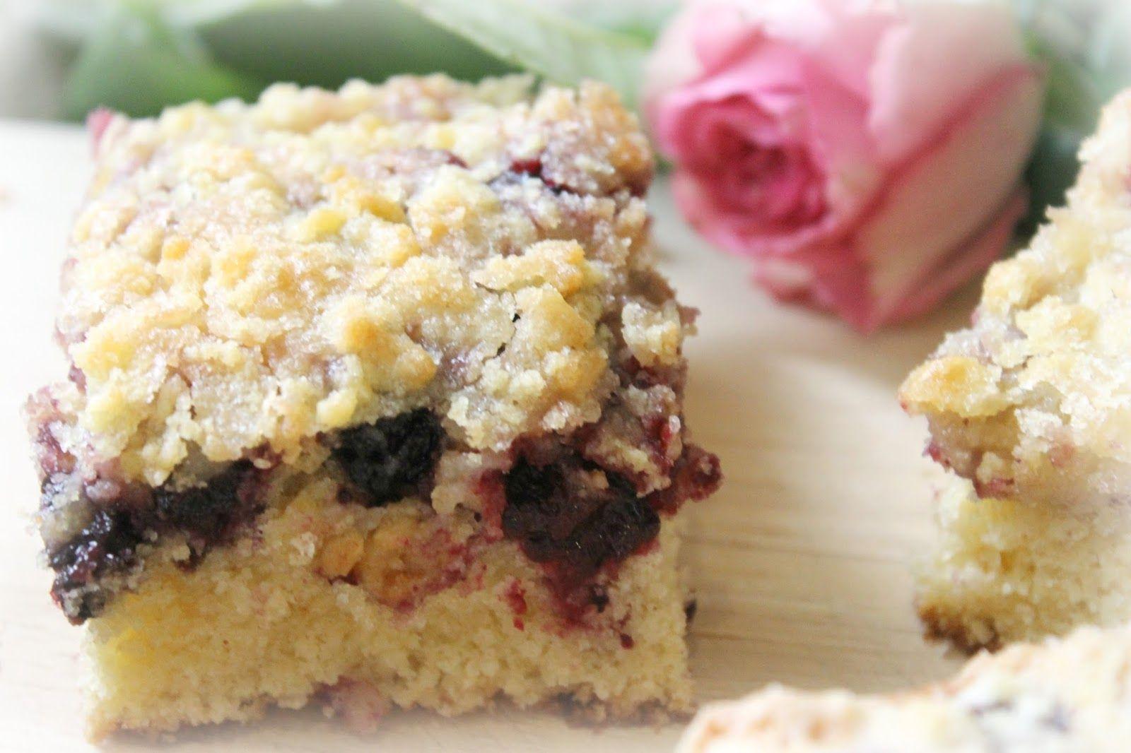 Recipe: Blackberry Crumble Squares - Wallflower Wardrobe