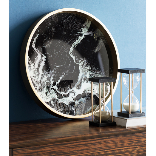 An eye-catching marble tray instantly adds a touch of luxury to your interior. Use as a beautiful piece of serve ware or put on your coffee table as a decorative accent.