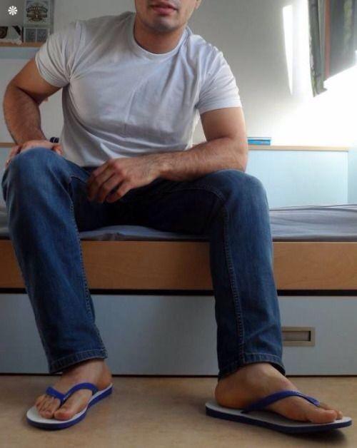 Jeans & Flip Flops