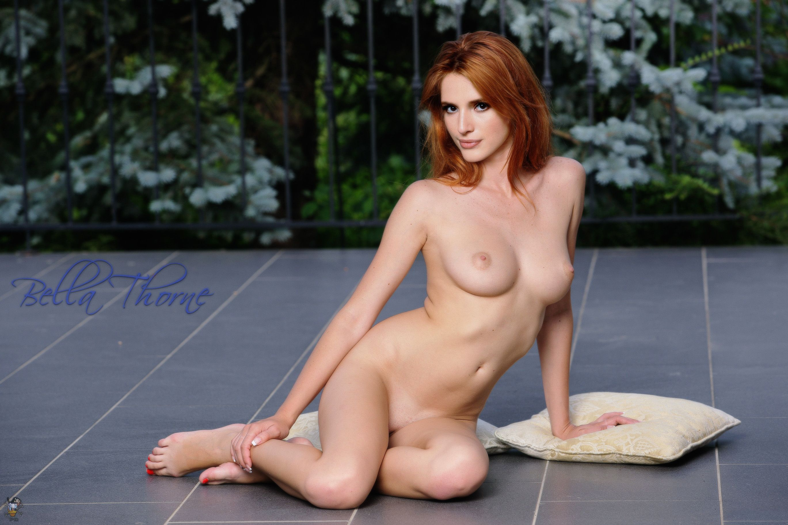 Bella thorne nude fake — pic 15