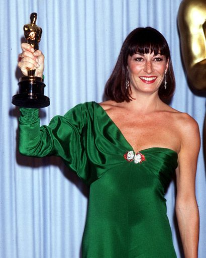 """Anjelica Huston - Best Supporting Actress Oscar """"Prizzi's Honor"""" (1985)"""