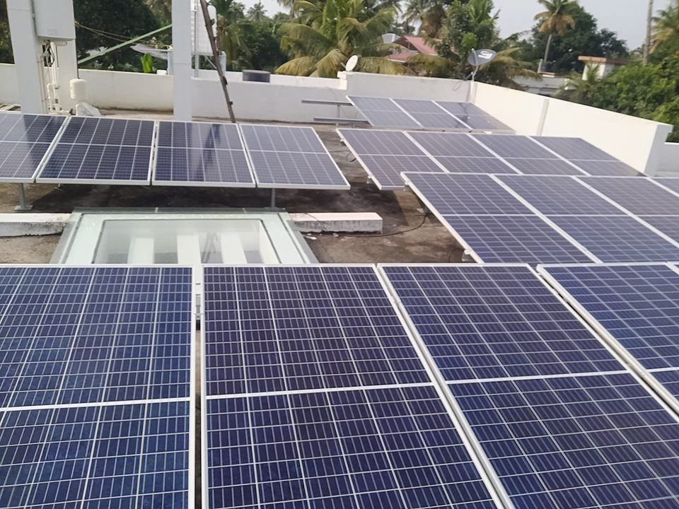 10 Kw On Grid Solar Power System In Kerala Plant Installation Solar Solar Energy Companies