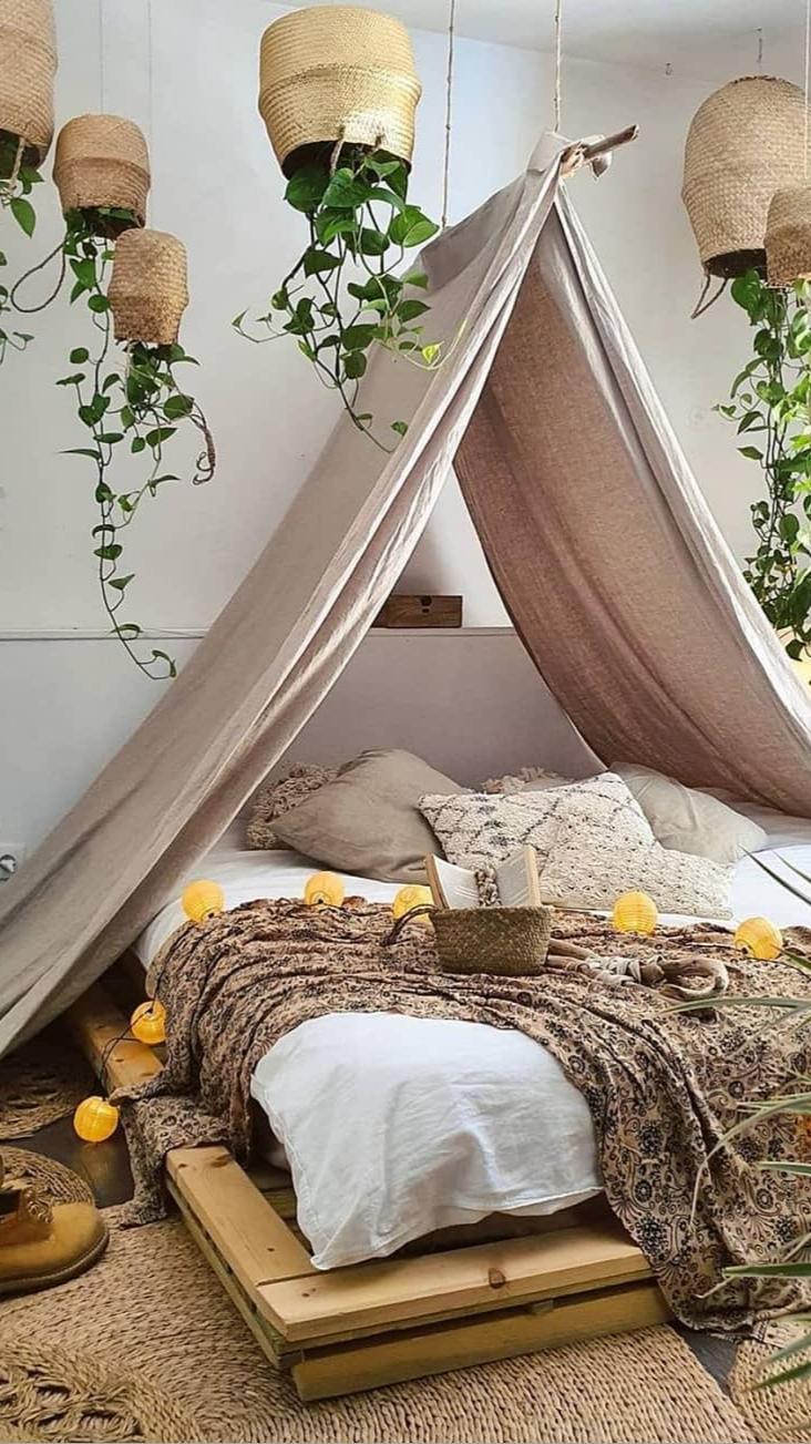 Thrifted Cottagecore Dorm Room Makeover!