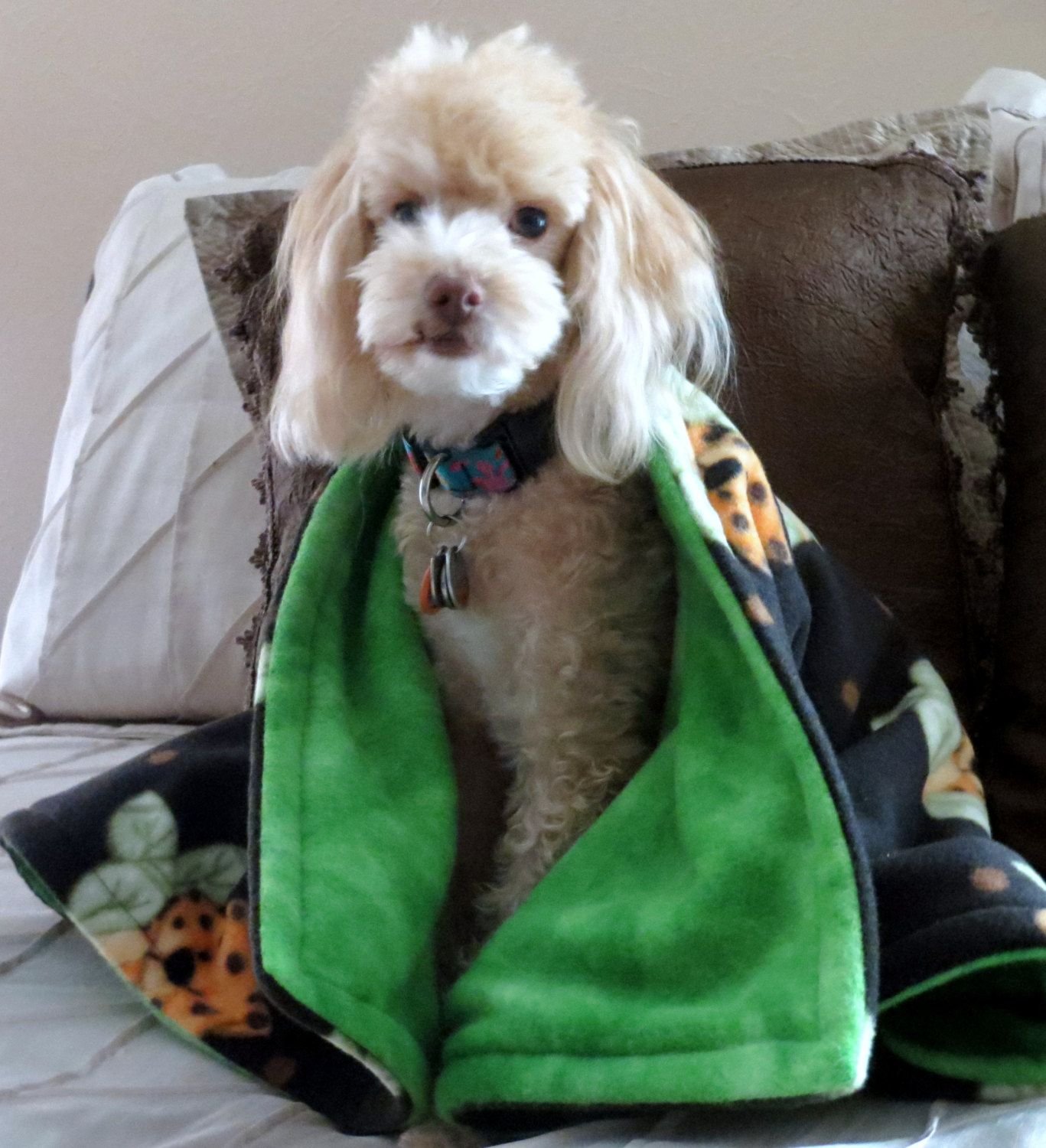how to make a dog blanket from fleece