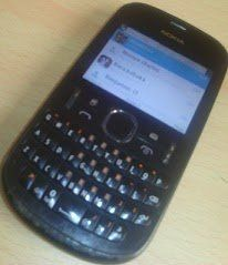 Here's how to download and use Whatsapp on Nokia Asha 200