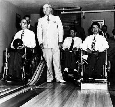 Image result for Truman inaugurates White House bowling alley »
