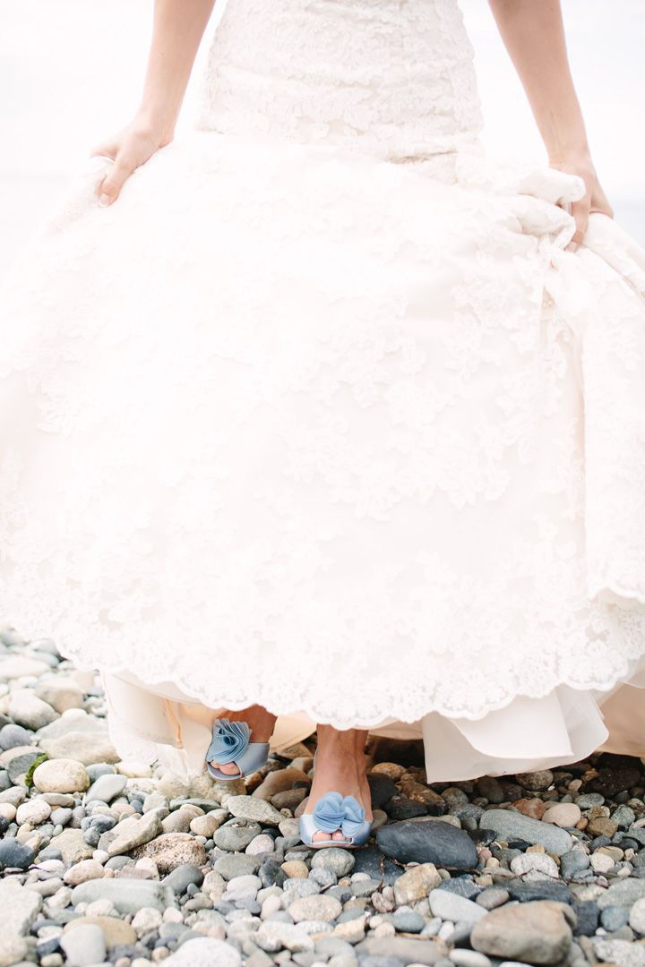 Bride wears allure wedding dress | fabmood.com #weddingphotos