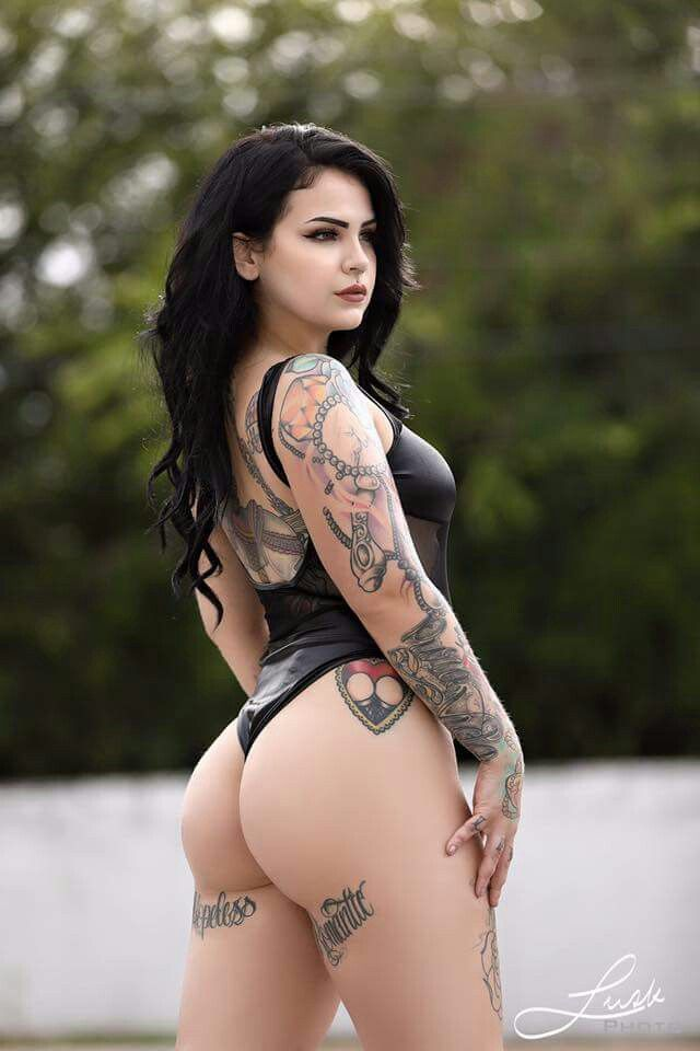 sexy tatted naked porn chicks