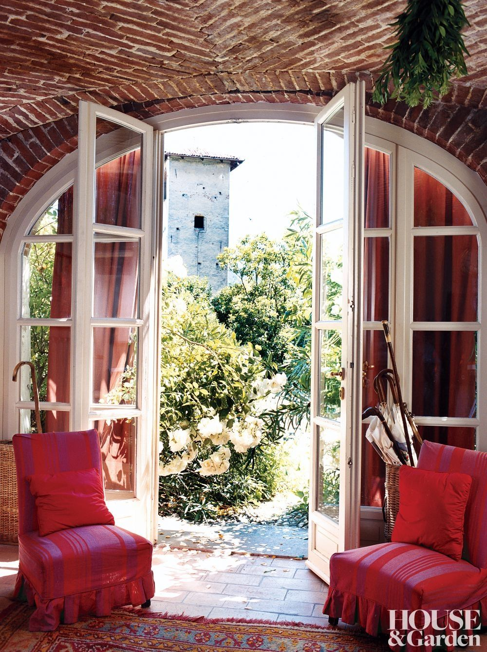 House and Garden April Italy Rustic Entrance