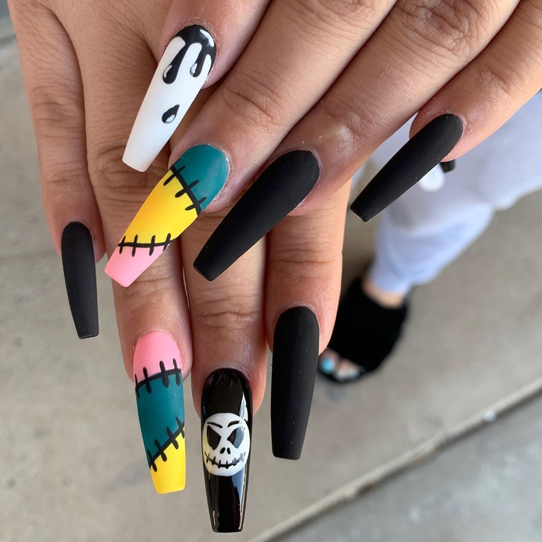 Nightmare Before Christmas Nails By Andy Insp Dreasnails Nightmare Before Christmas Nails Christmas Nails Acrylic Pretty Acrylic Nails