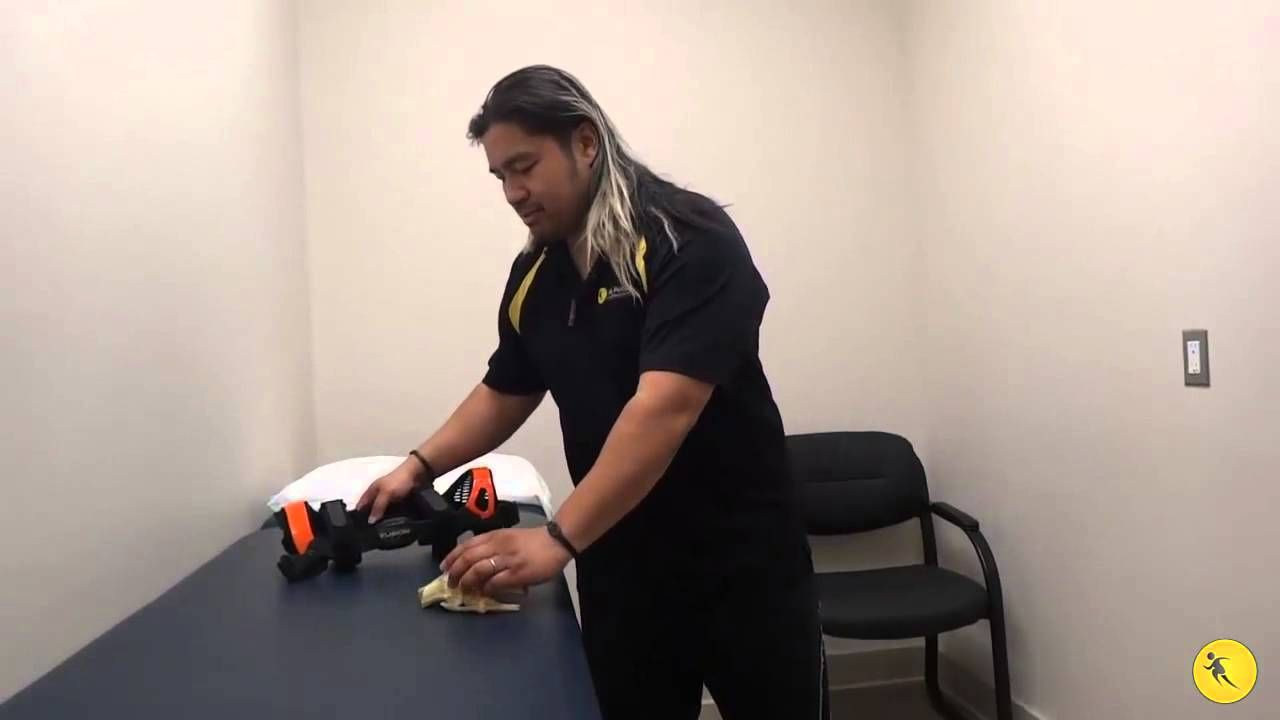 Ne Of The Most Common Knee Injuries Is An Anterior Cruciate Ligament Sprain Or Tear Athletes Cruciate Ligament Common Knee Injuries Anterior Cruciate Ligament