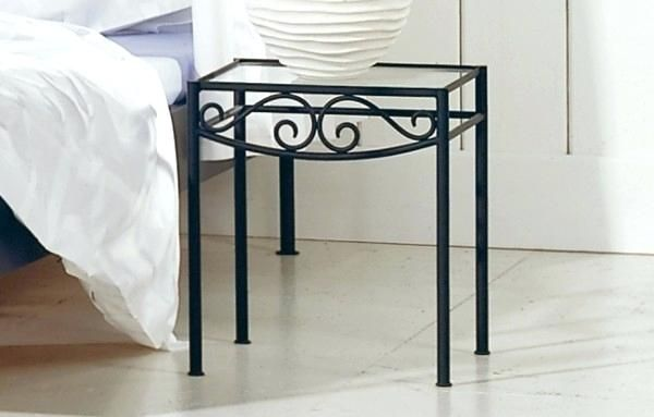 Exceptionnel Black Wrought Iron Bedside Tables Latest Metal Bedroom Bedside .