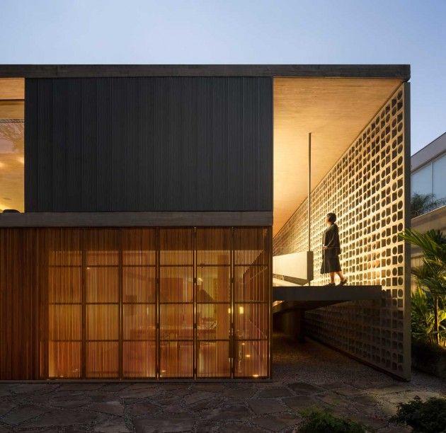 Maison contemporaine avec murs de claustra Studio, Sao paulo - facade de maison contemporaine