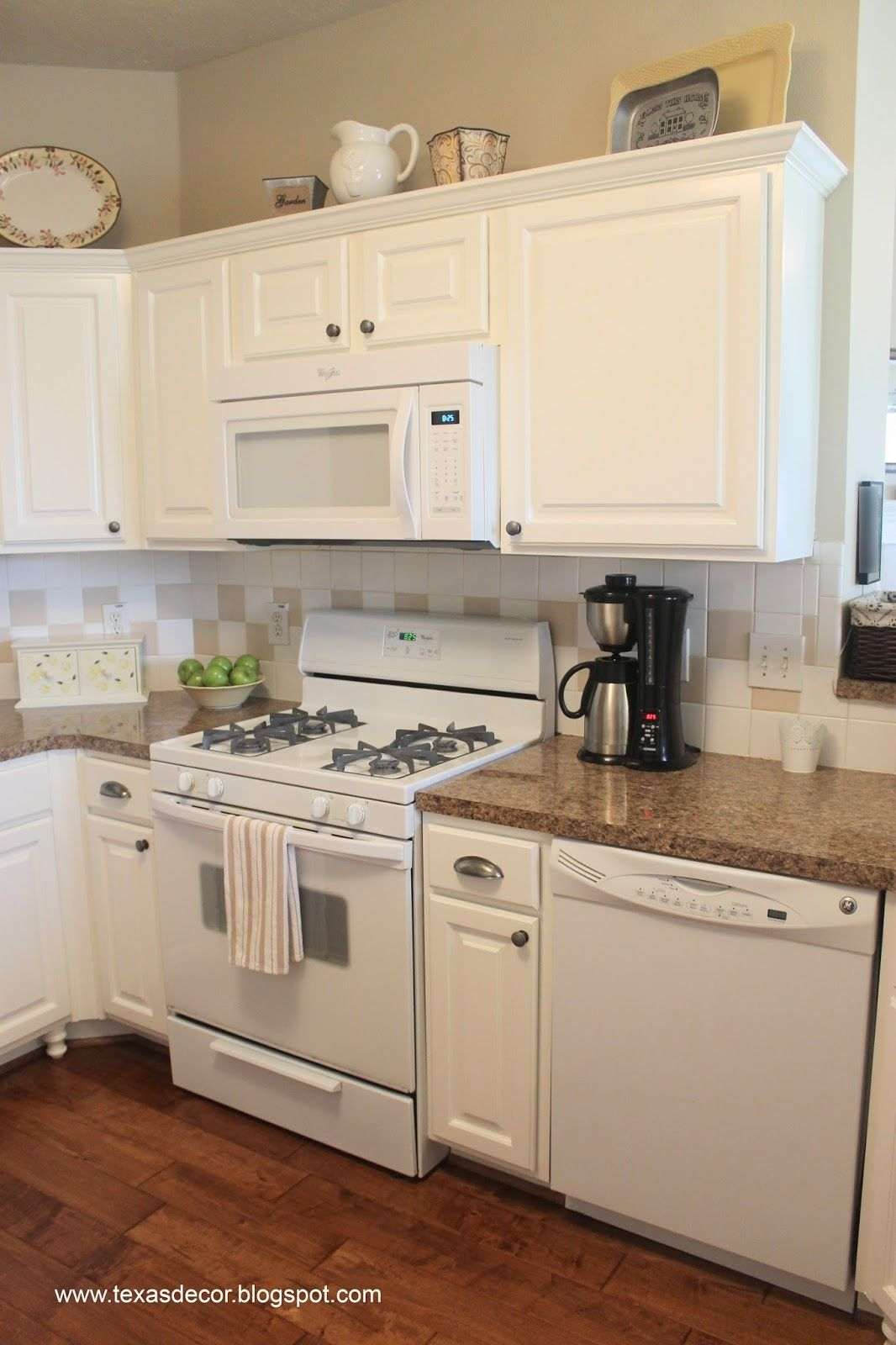 Best Color For Kitchen Cabinets With White Appliances Antique White Kitchen Cabinets Painting Kitchen Cabinets White Beige Kitchen