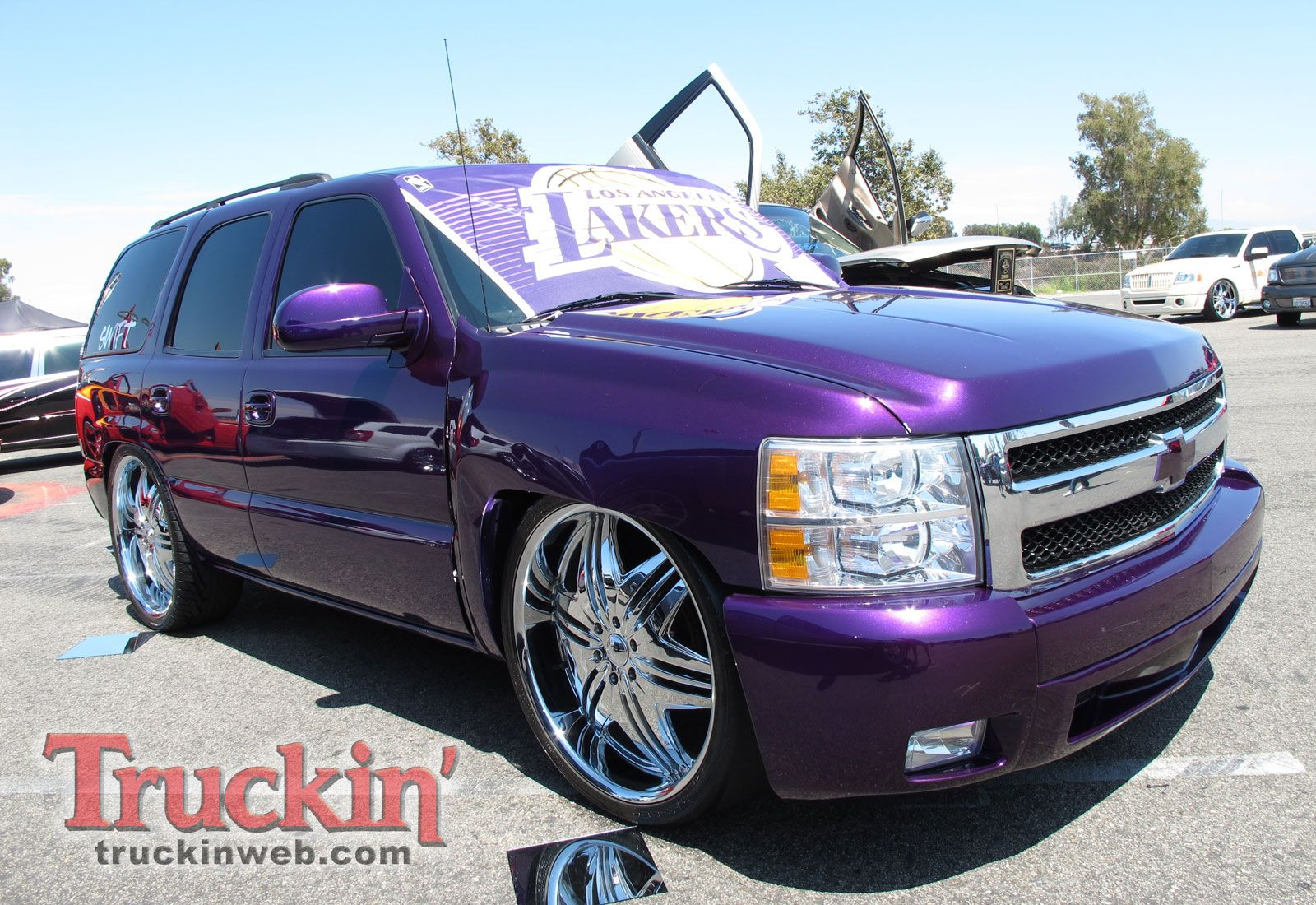 Purple Chevy Tahoe Custom Photo 268--this color nothing else | Ideas