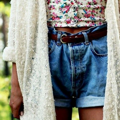 fLORAL & hiGH wAiSTED sHORTS