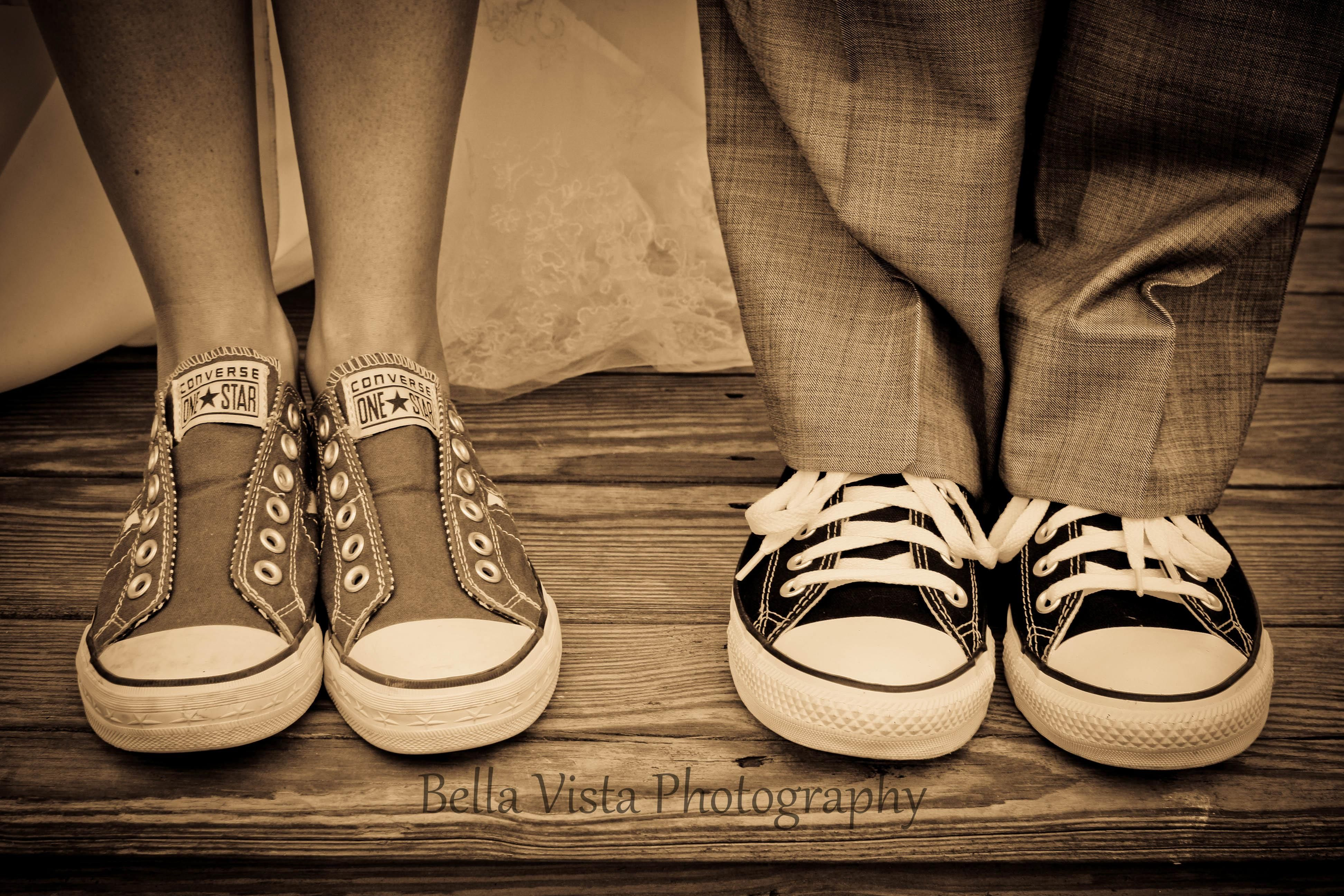 Photo from a friends wedding, loved the chucks :)