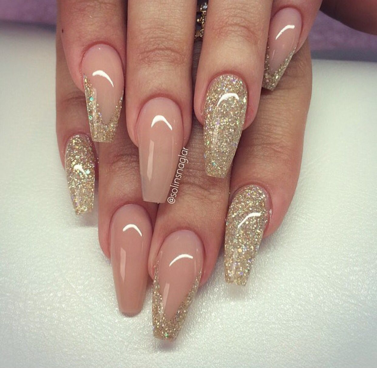 Acryl nagels Ideeën Ovaal Mooie nagels Oh om een meisje