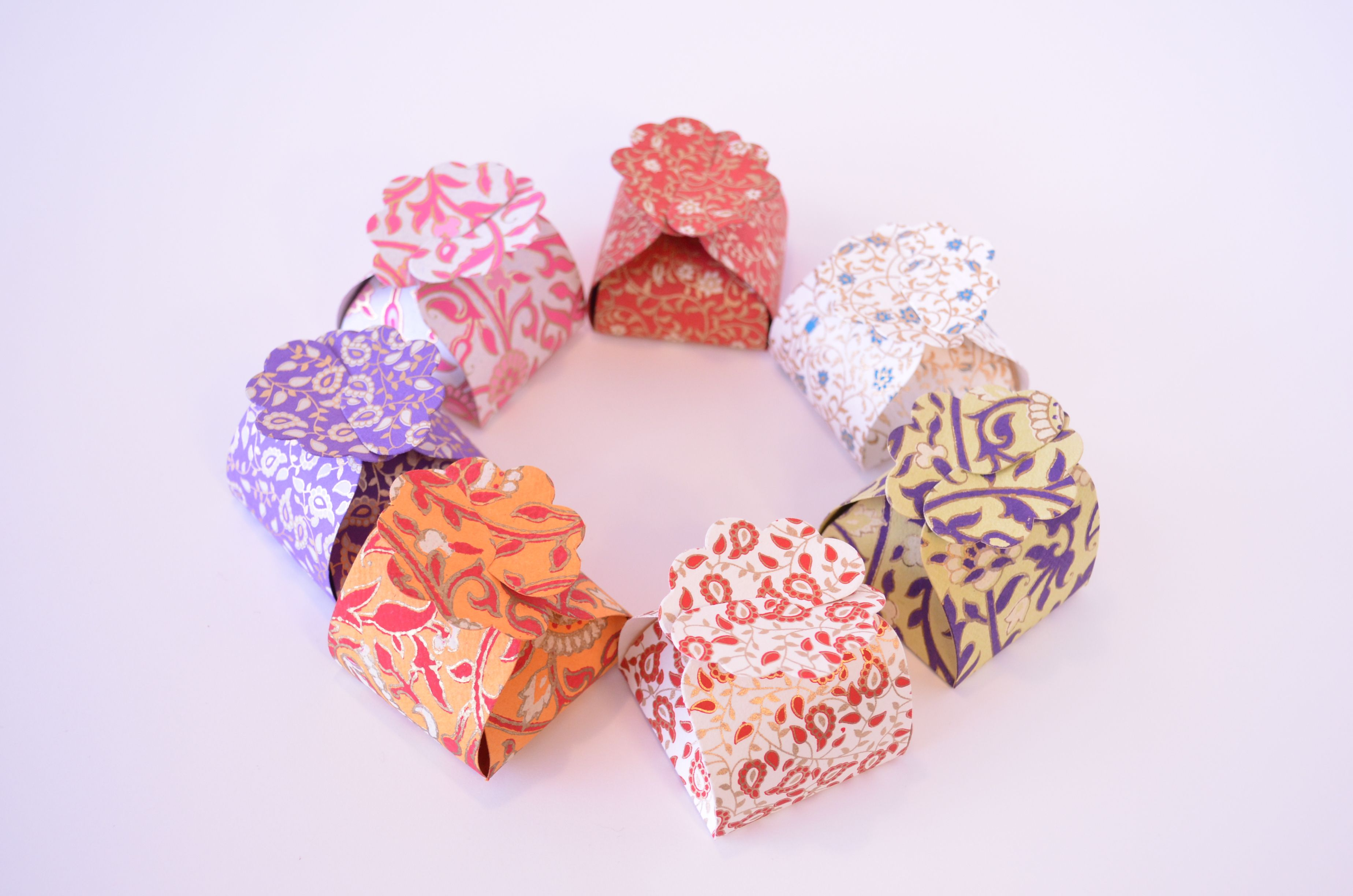 Small floret gift boxes. Made out of handmade paper, they come to ...