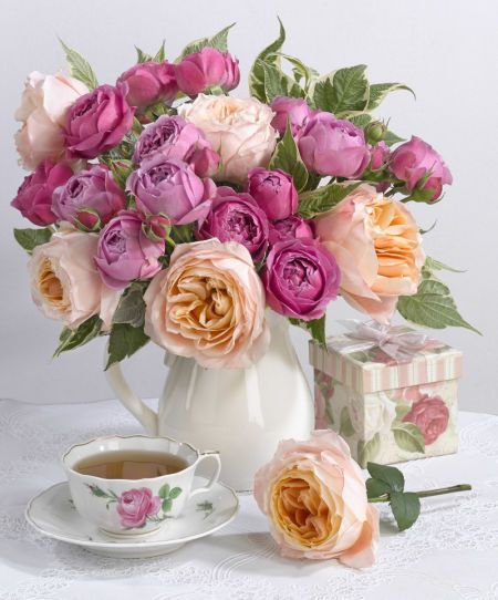 Marianna Lokshina - Greeting Card Floral Flowers LMN40973