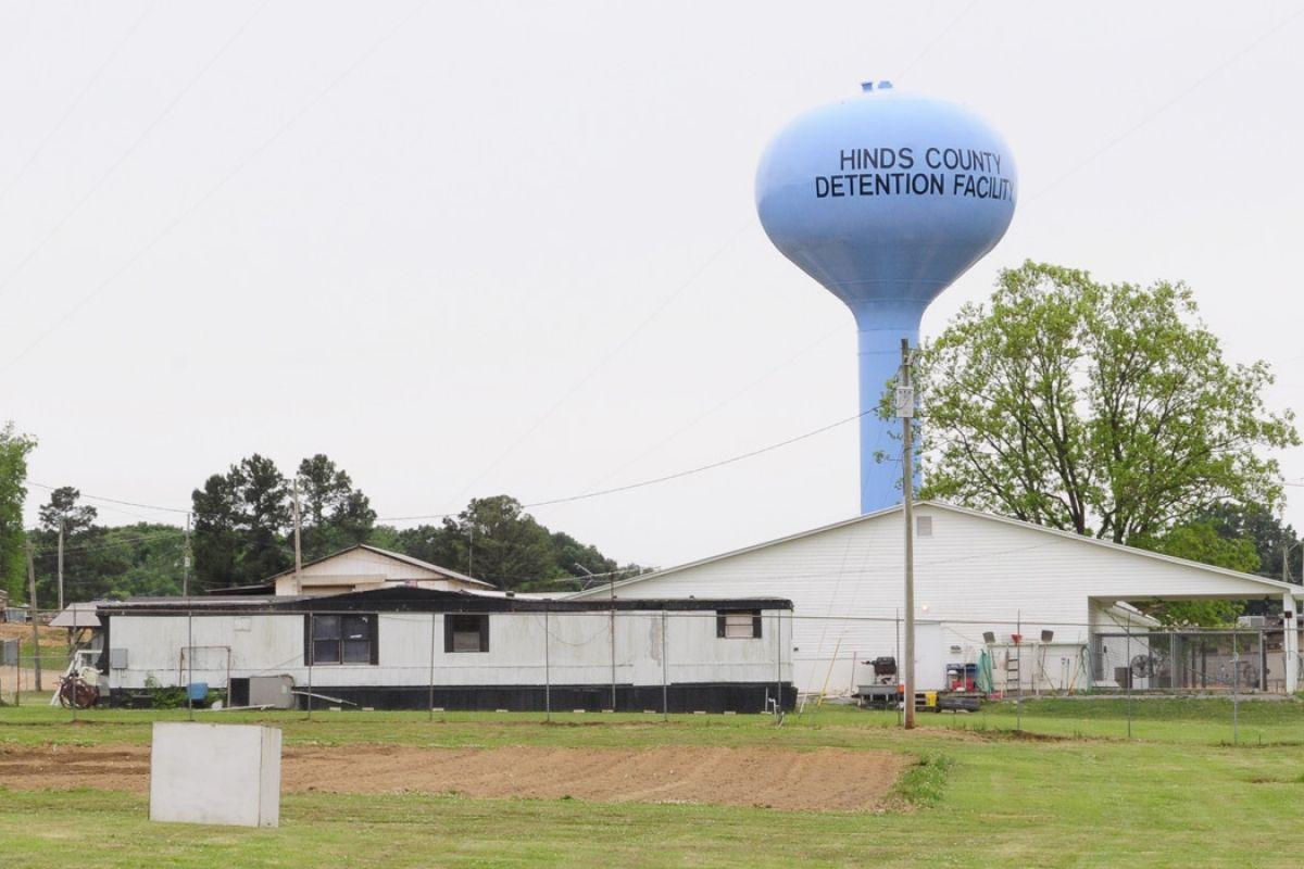 Lawsuit Challenges A Mississippi Debtors Prison Prison In Law Suite Mississippi
