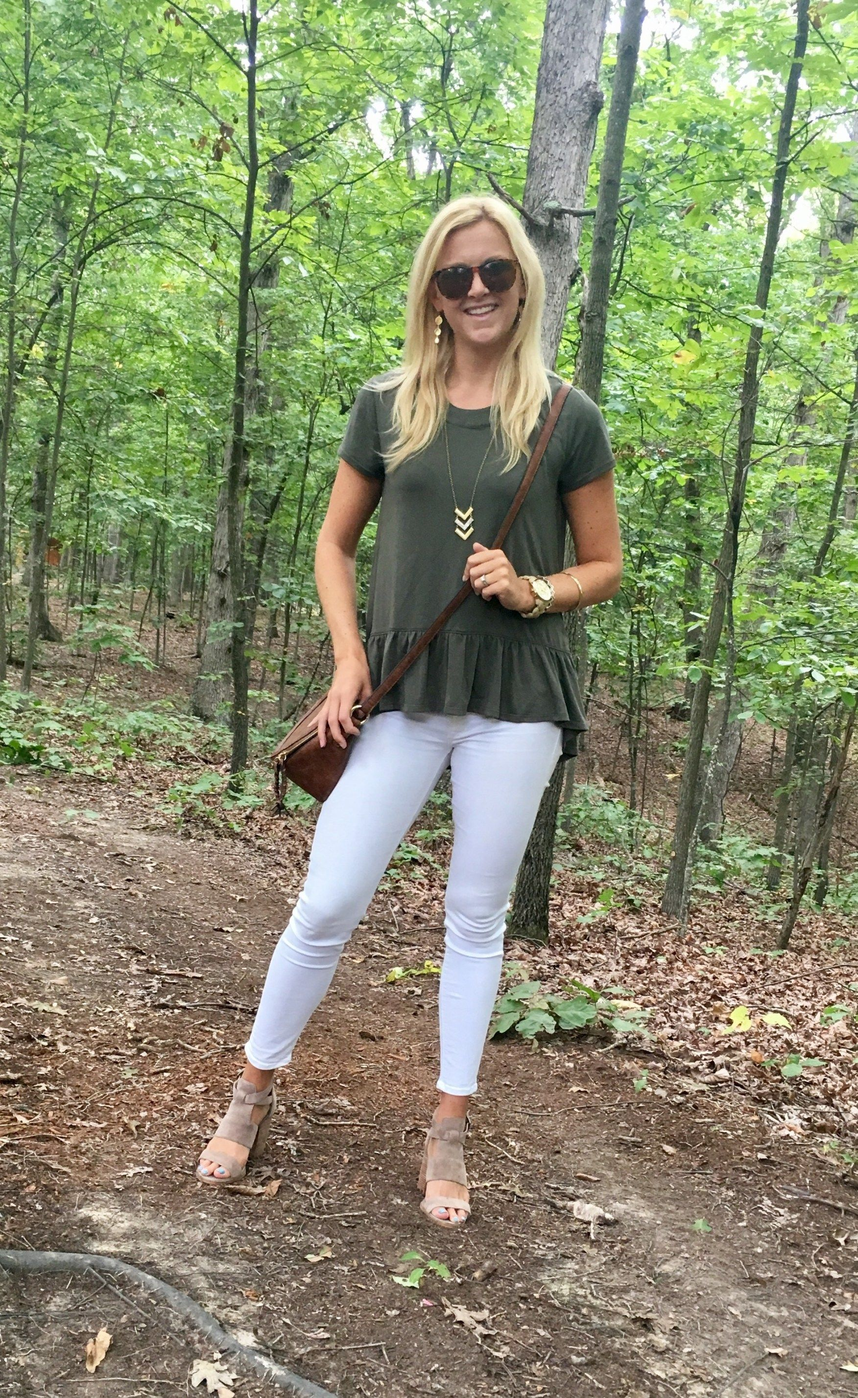 How to Style White Jeans — Kristi Murphy | DIY Ideas