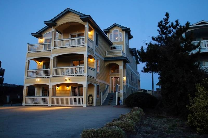 Brindley Beach Vacations And Sales Property Royal Atlantic Oceanfront Rentals Outer Banks Vacation Obx Vacation