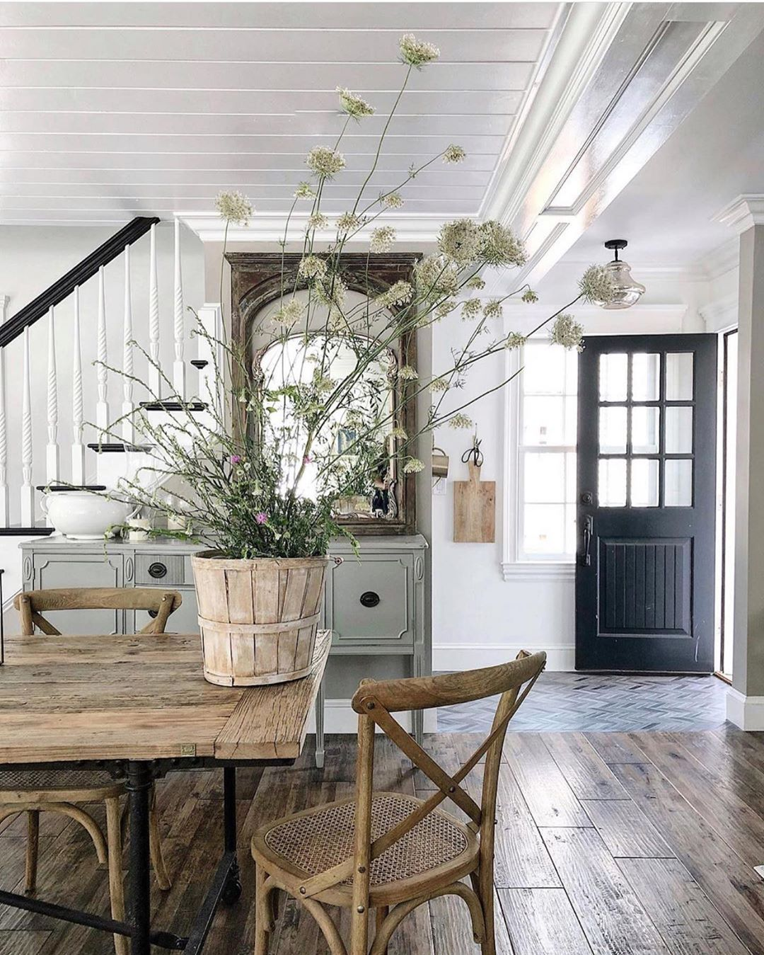 Ashley Knie On Instagram Hi Friends This View Here From Featherglass I Never Get Ti Modern Farmhouse Interiors Farmhouse Interior Design Farmhouse Interior